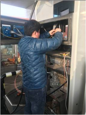 油气在线监测系统现场安装图片